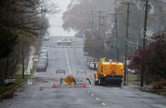 Minor flooding quickly dissipates on Central Avenue after the road was closed due to flooding from overnight and early morning rain.Island Heights, NJTuesday, November, 13, 2018