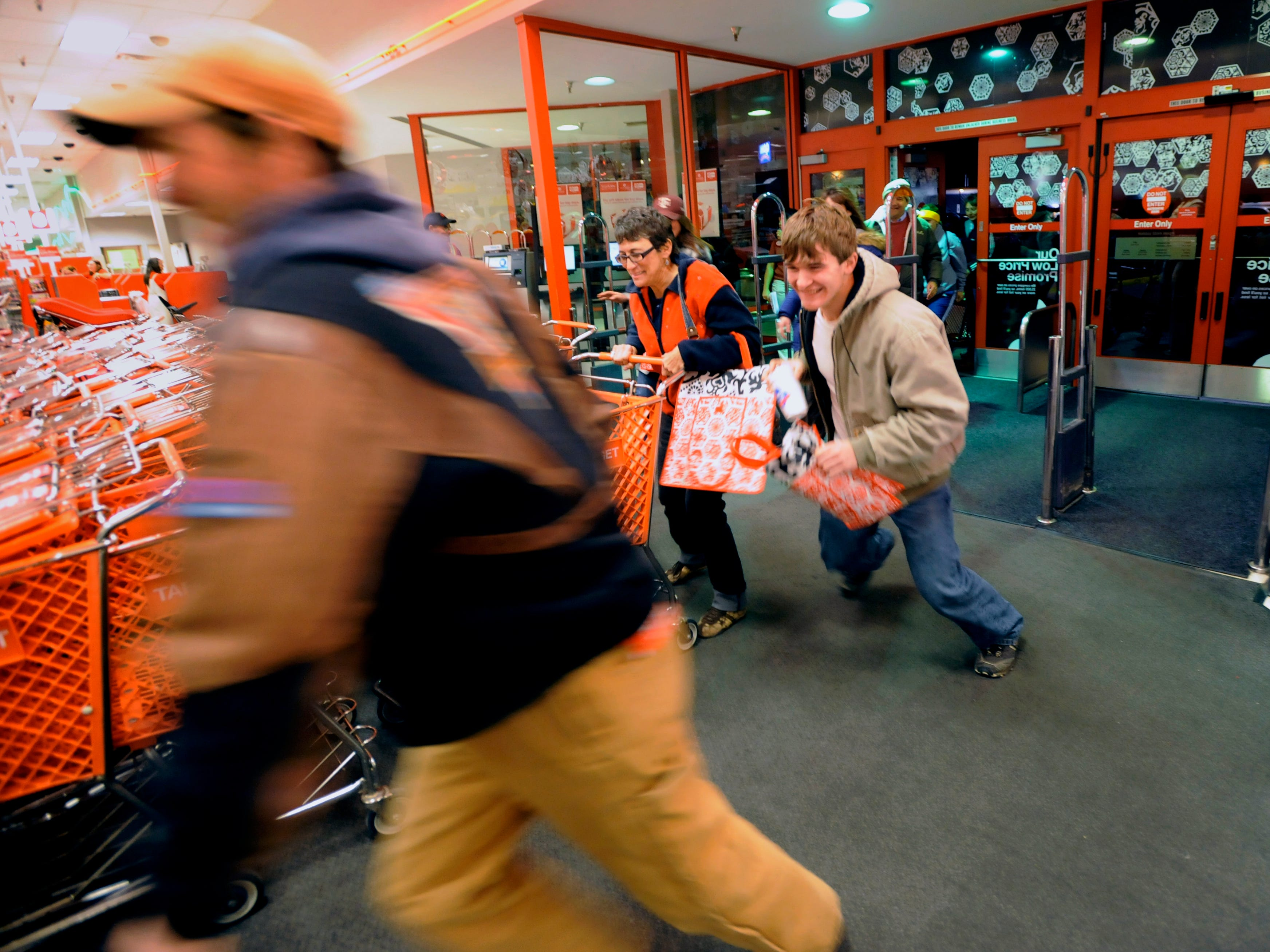 Here's your Black Friday 2018 guide with store hours, deals and more in El Paso