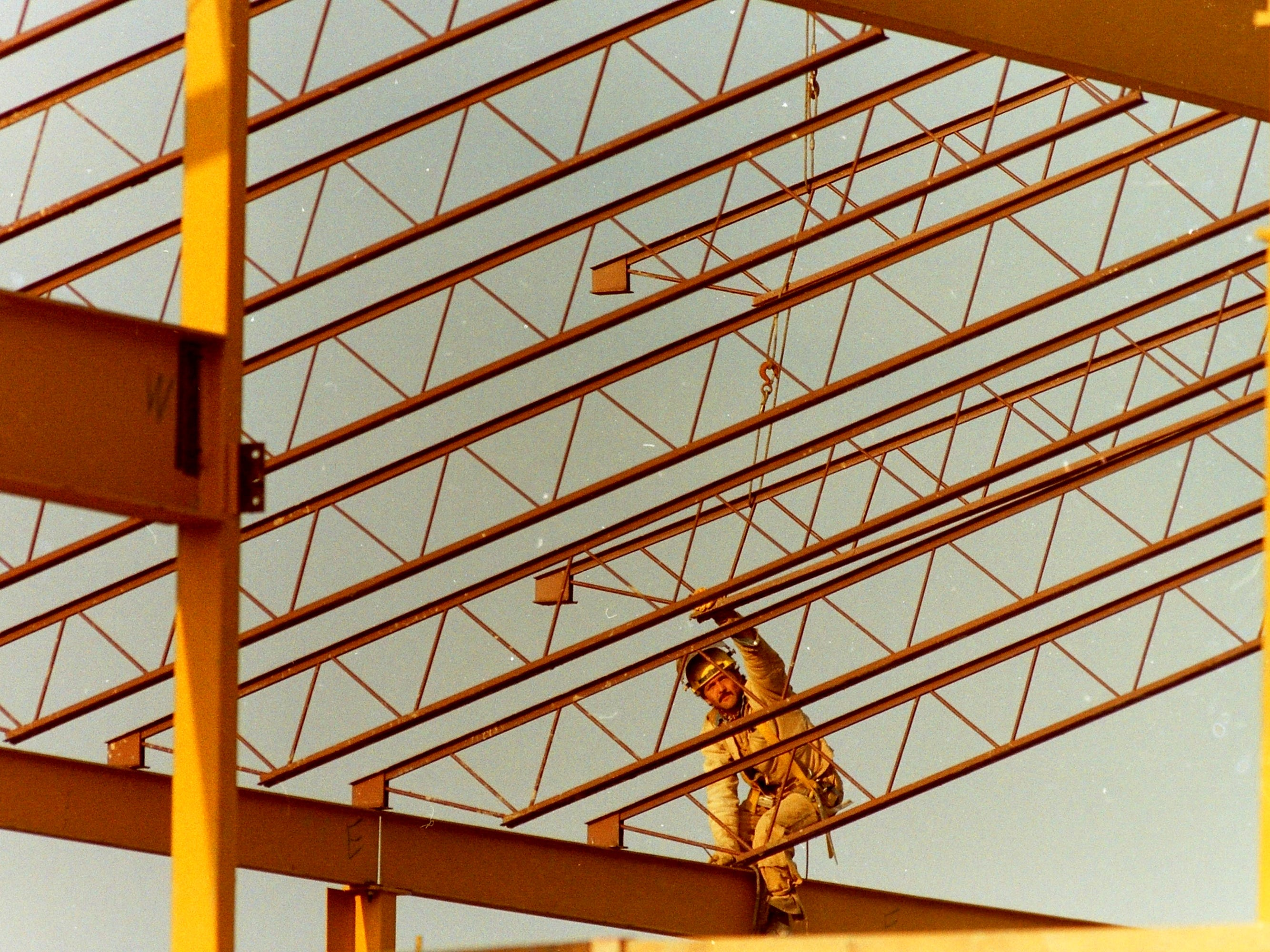 11/05/92Junior High Construction