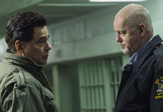 "Benicio Del Toro portrays inmate Richard Matt and David Morse is cast as prison guard Gene Palmer in the Showtime series ""Escape at Dannemora"""