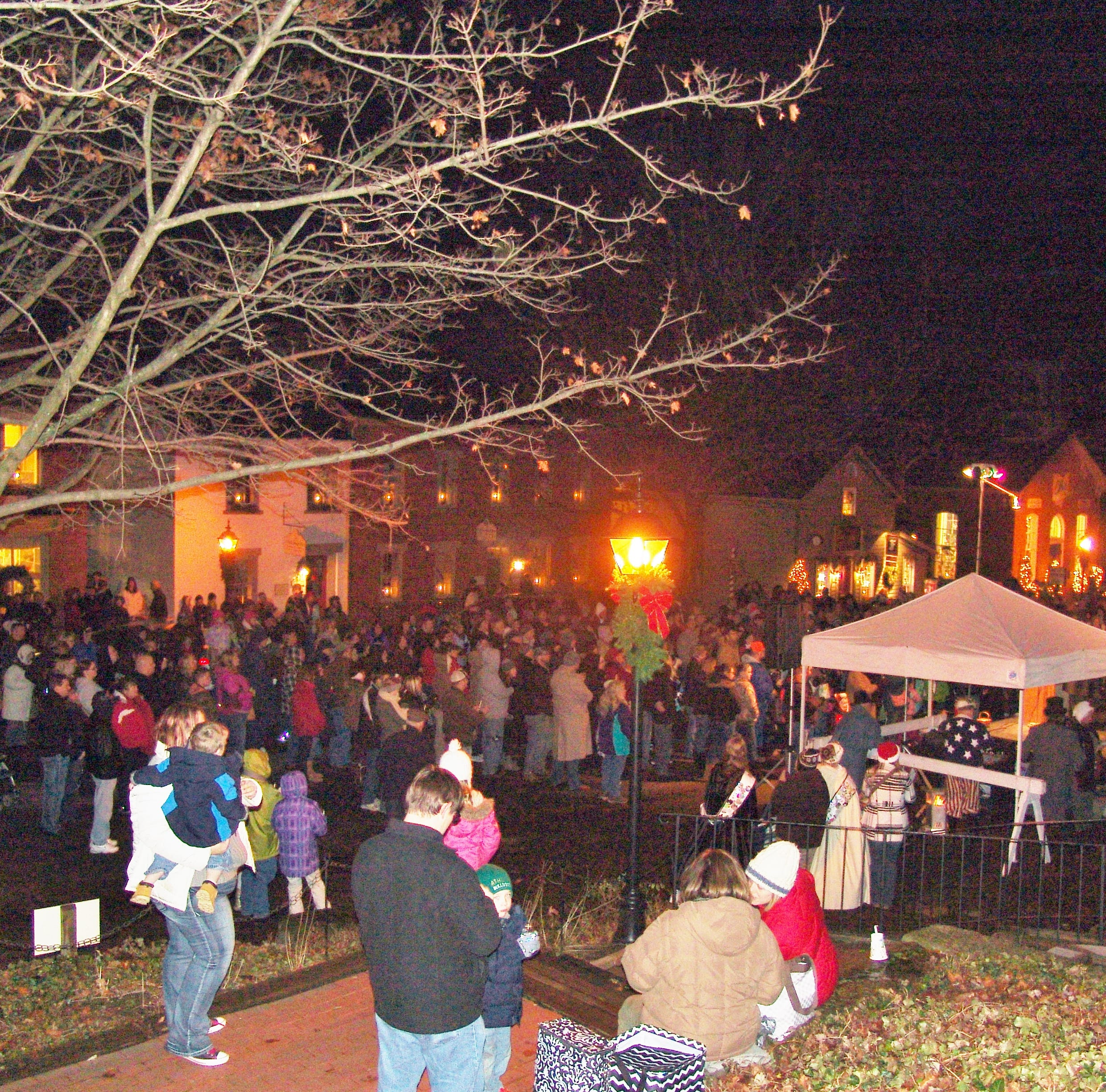 Crowds gathered in Roscoe Village each year to take part in the candlelighting ceremonies.