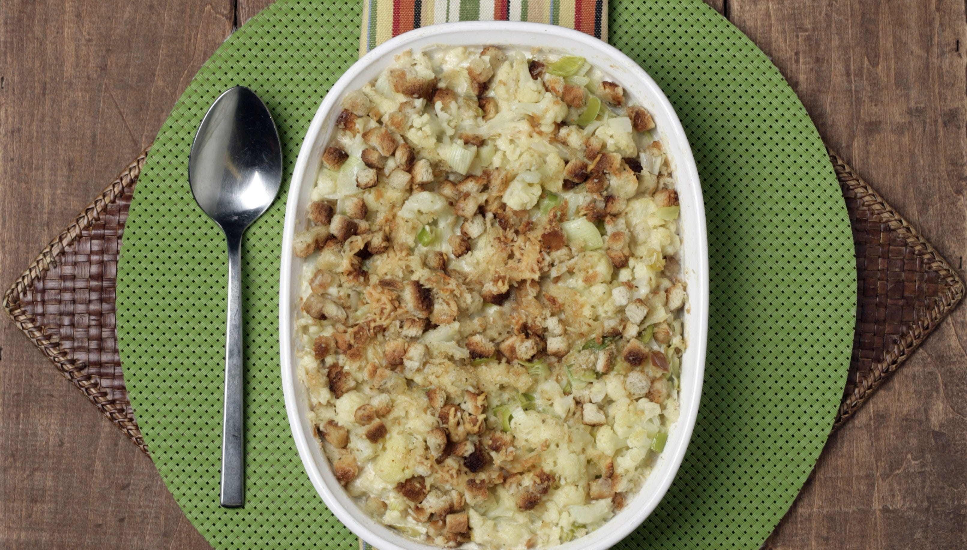 4 steps to making a gratin side dish for Thanksgiving
