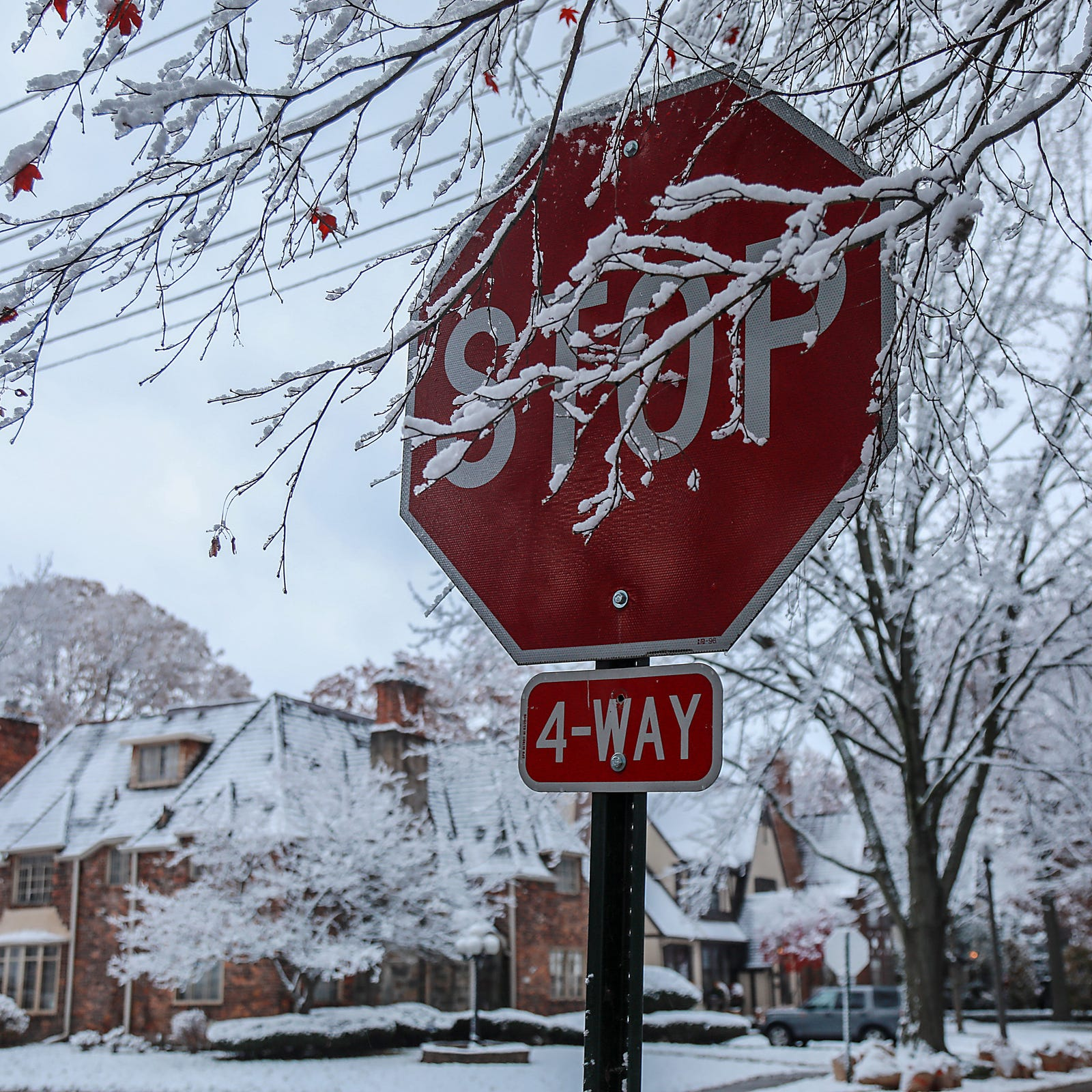 Metro Detroit gets hit with snow spell — and it'll be back soon