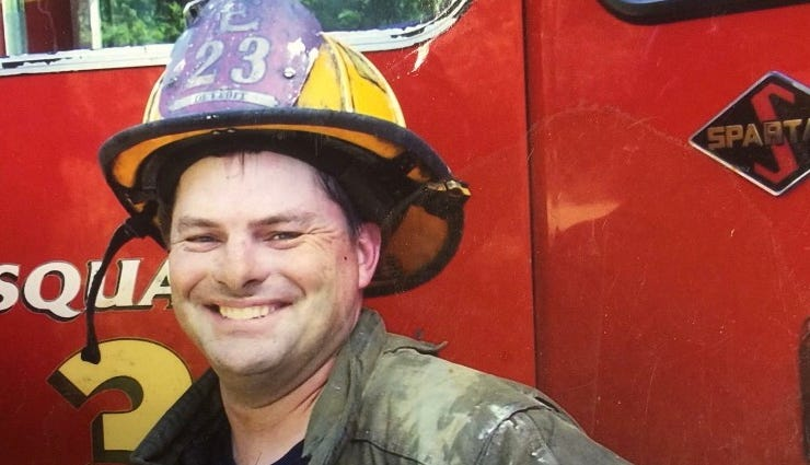 Detroit firefighters remember fireman who lived life 'with no fear'
