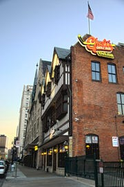 Cheli's Chili in downtown Detroit  will close after Nov. 24.