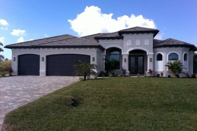 This home at 606 NW 38th Place, Cape Coral, recently sold for $652,000.