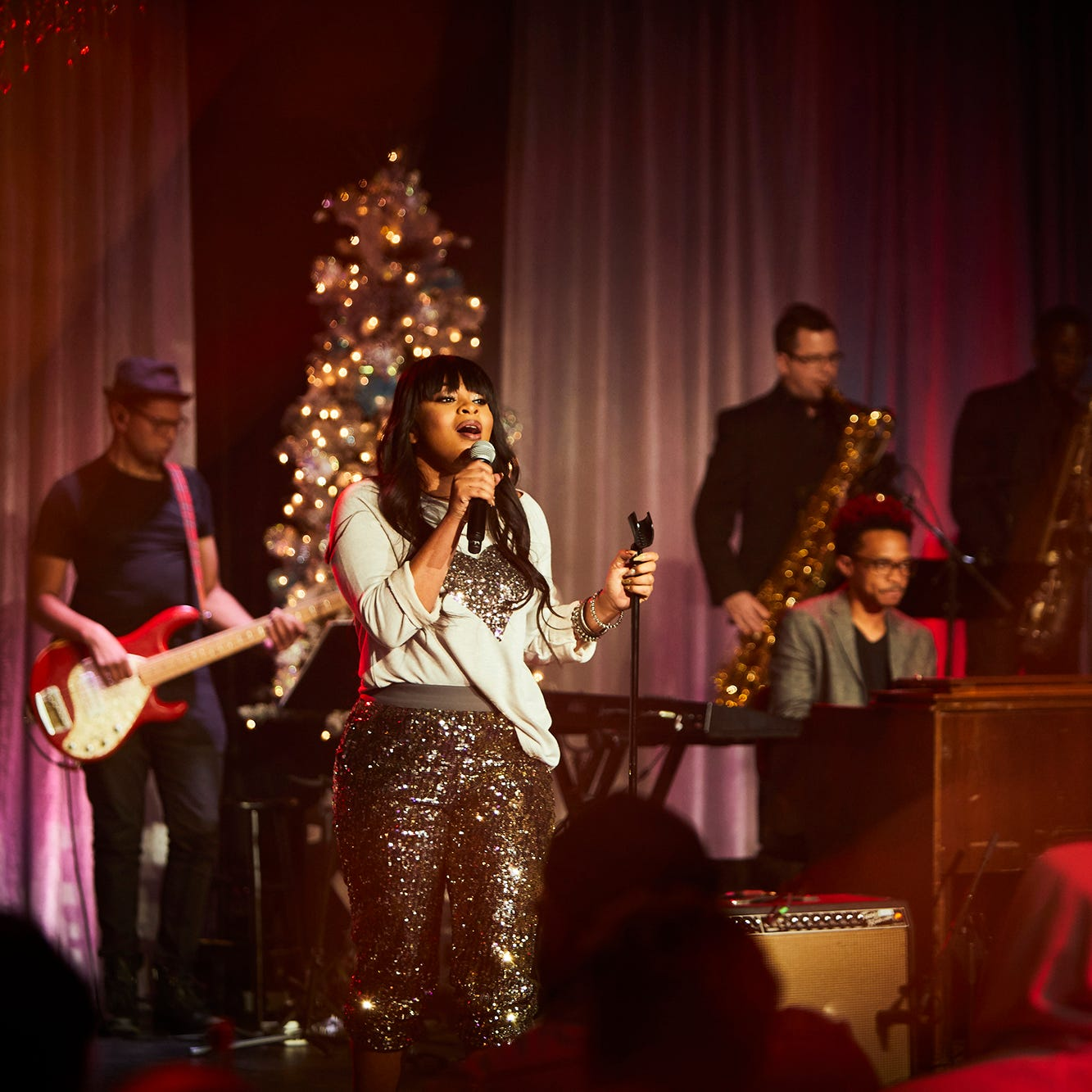 After record-breaking year, Koryn Hawthorne has Christmas singles, TV special