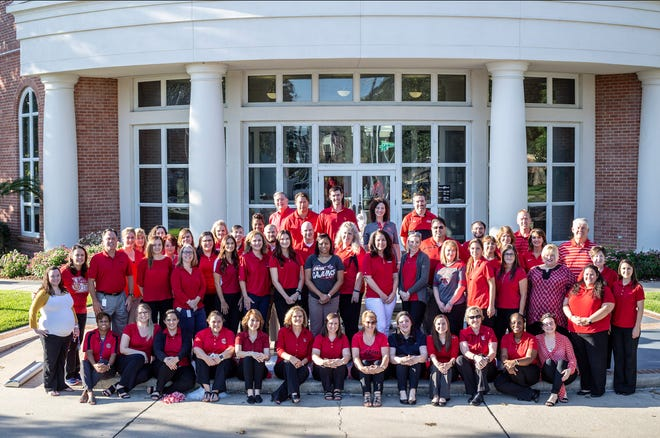 Home Bank was named one of American Banker's Best Places to Work. The 110-year-old bank prides itself on offering employees comprehensive benefits as well as opportunities for community involvement and service.