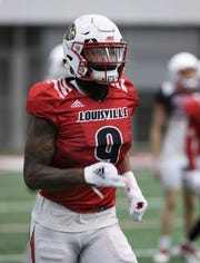 Louisville WR Jaylen Smith (9) catches a pass during practice at the Trager Center.  Nov. 13, 2018