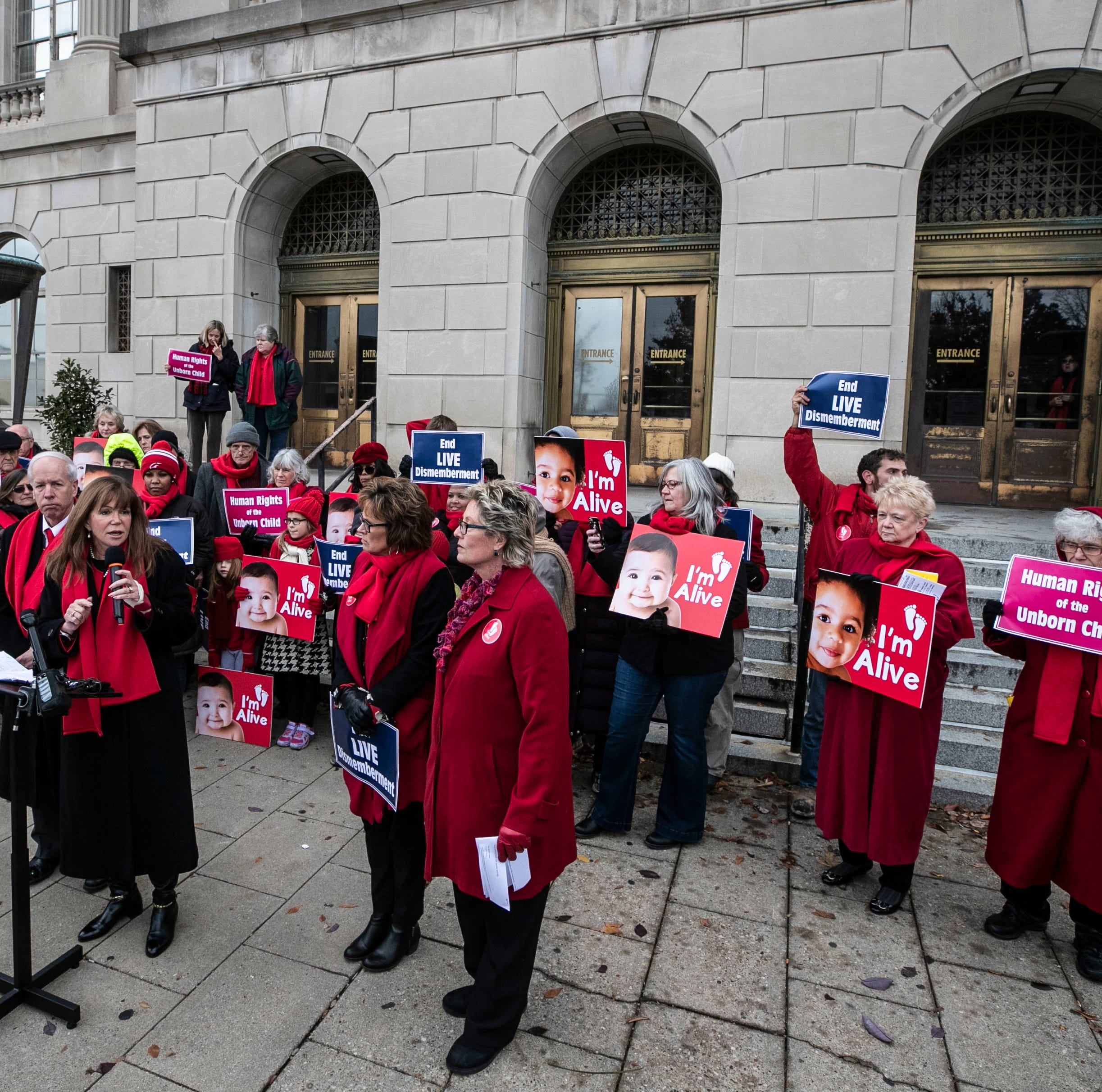 Federal judge blocks Kentucky's new 'fetal heartbeart' abortion law