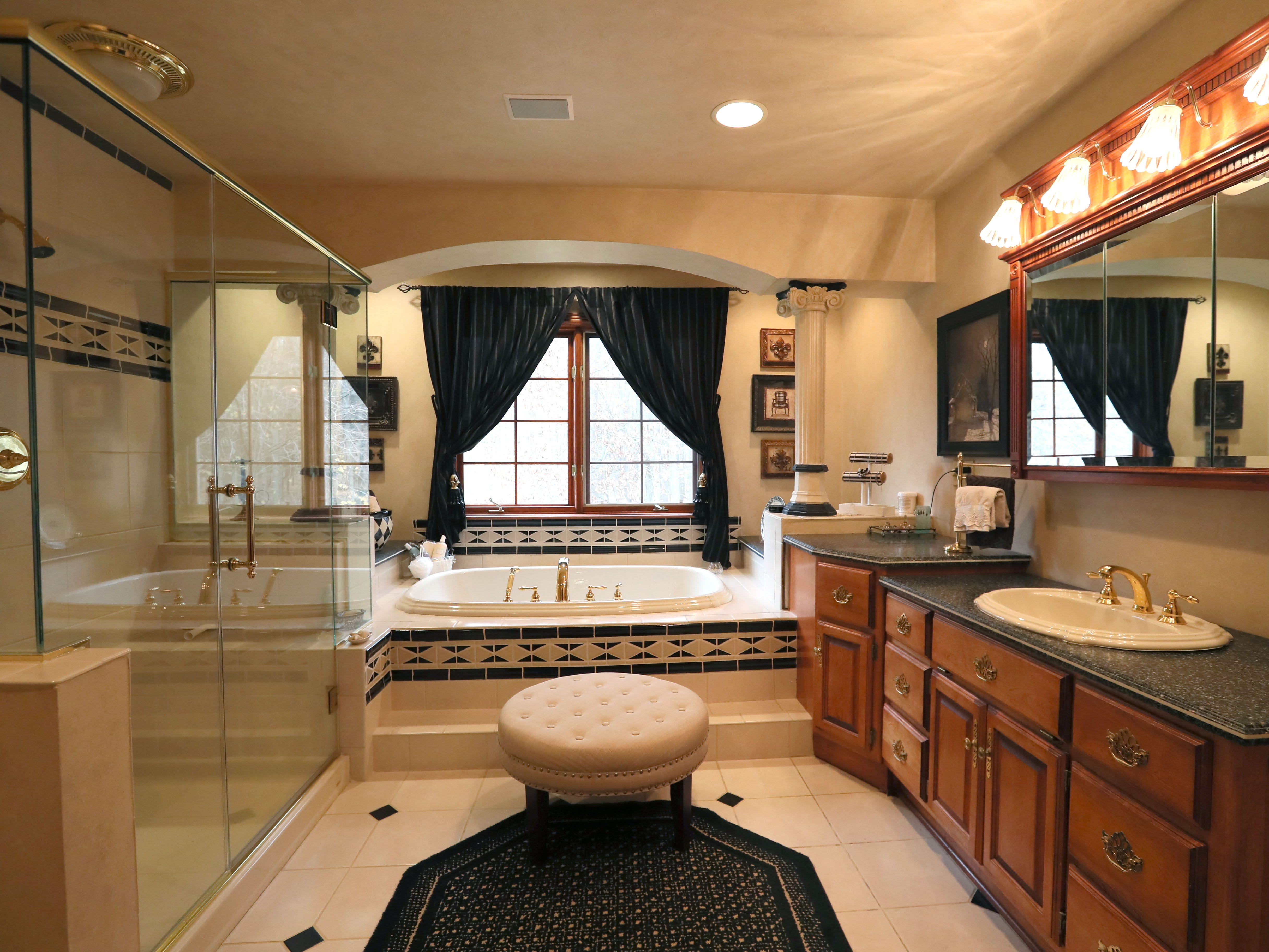 Homeowners Janet Libbey and Dick Clement designed the spacious master bathroom themselves.