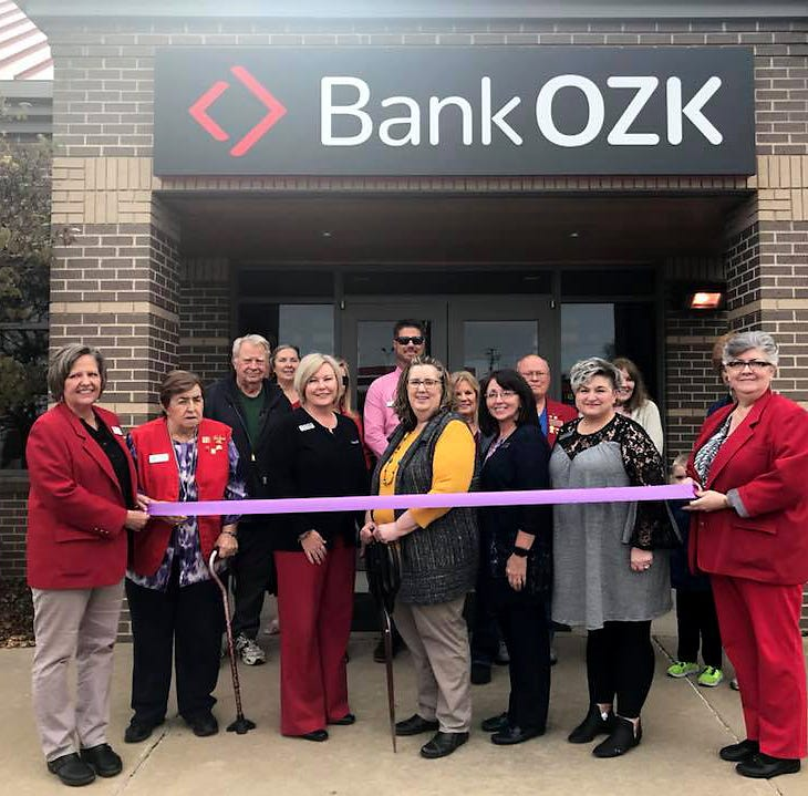 Chamber cuts ribbon for Bank OZK
