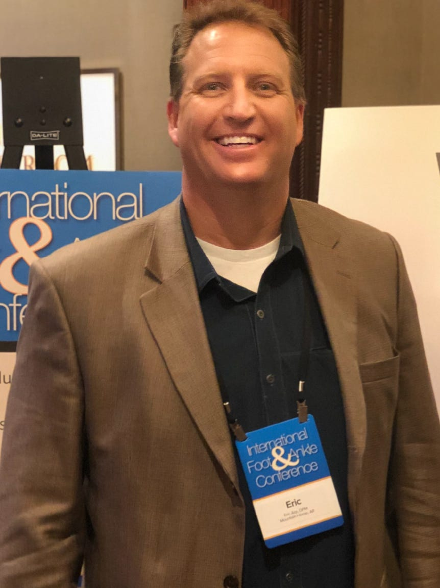 Dr. Eric Arp, Board Certified Foot Surgeon, attends the 2nd annual International Foot & Ankle Conference in New York City.