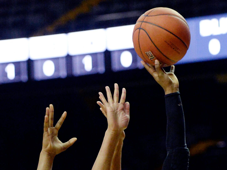 Austin Peay forward Myah LeFlore (5) shoots in front of Vanderbilt forward Autumn Newby, left, during the second half of an NCAA college basketball game Monday, Nov. 12, 2018, in Nashville, Tenn. Vanderbilt won 99-70.