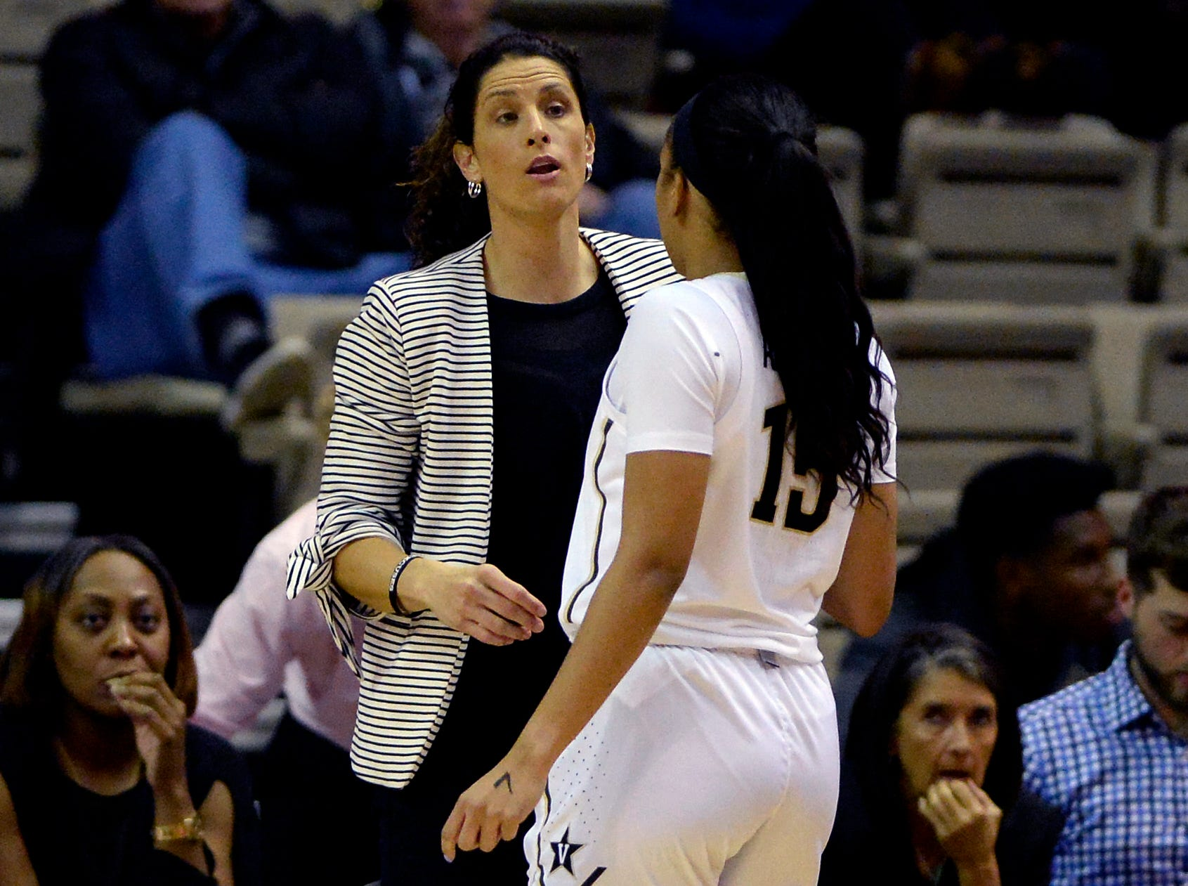 Vanderbilt head coach Stephanie White talks with forward Brinae Alexander (15) during the first half of an NCAA college basketball game against Austin Peay Monday, Nov. 12, 2018, in Nashville, Tenn.