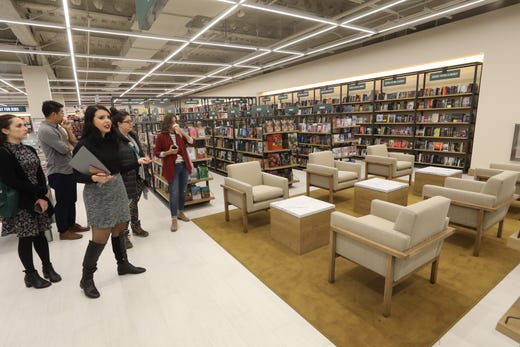 Barnes Noble S First Prototype Store In Nj Opens In Hackensack