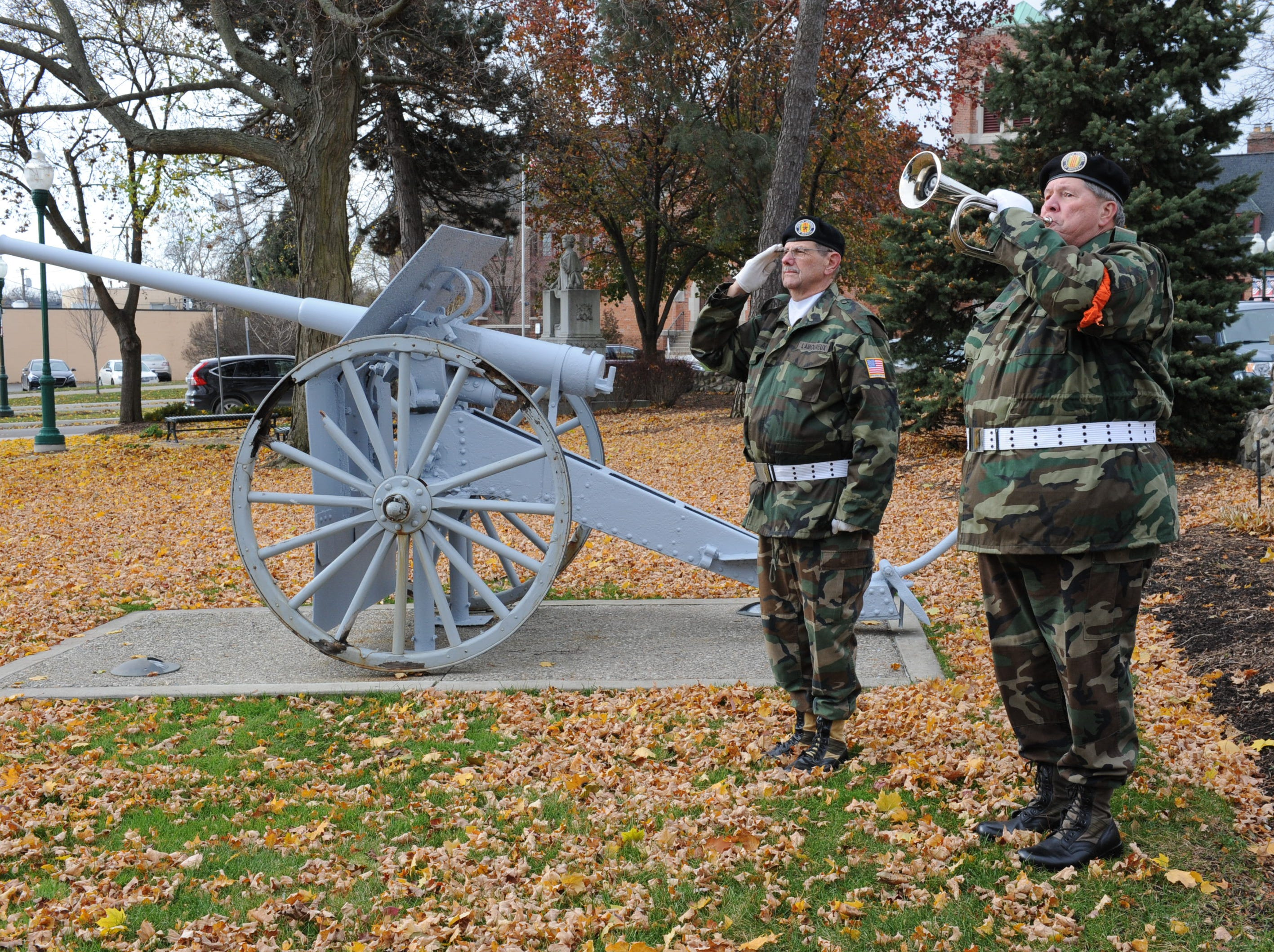 Plymouth ceremony honors veterans