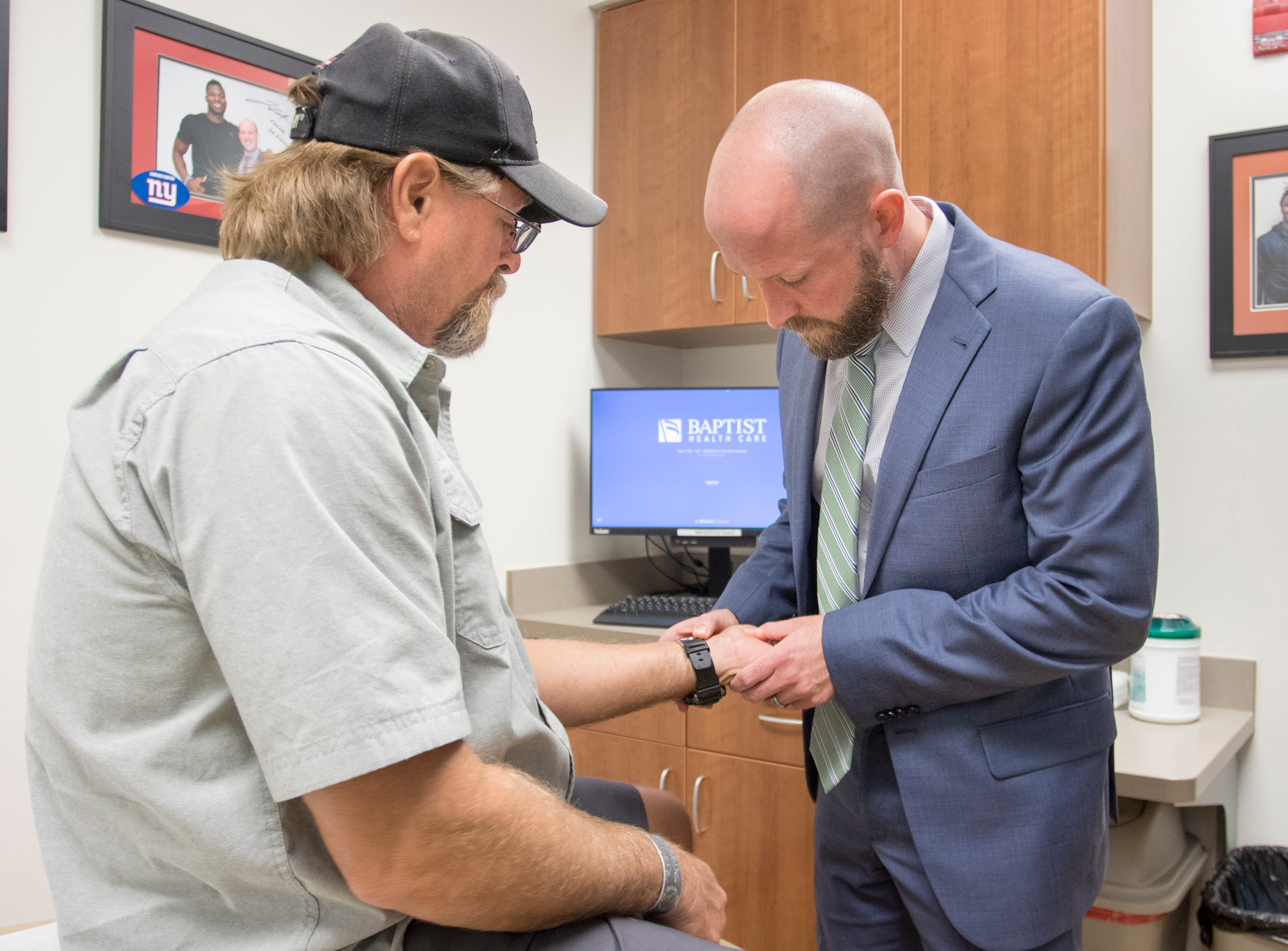 Andrews Institute performs minimally invasive carpal tunnel release procedure