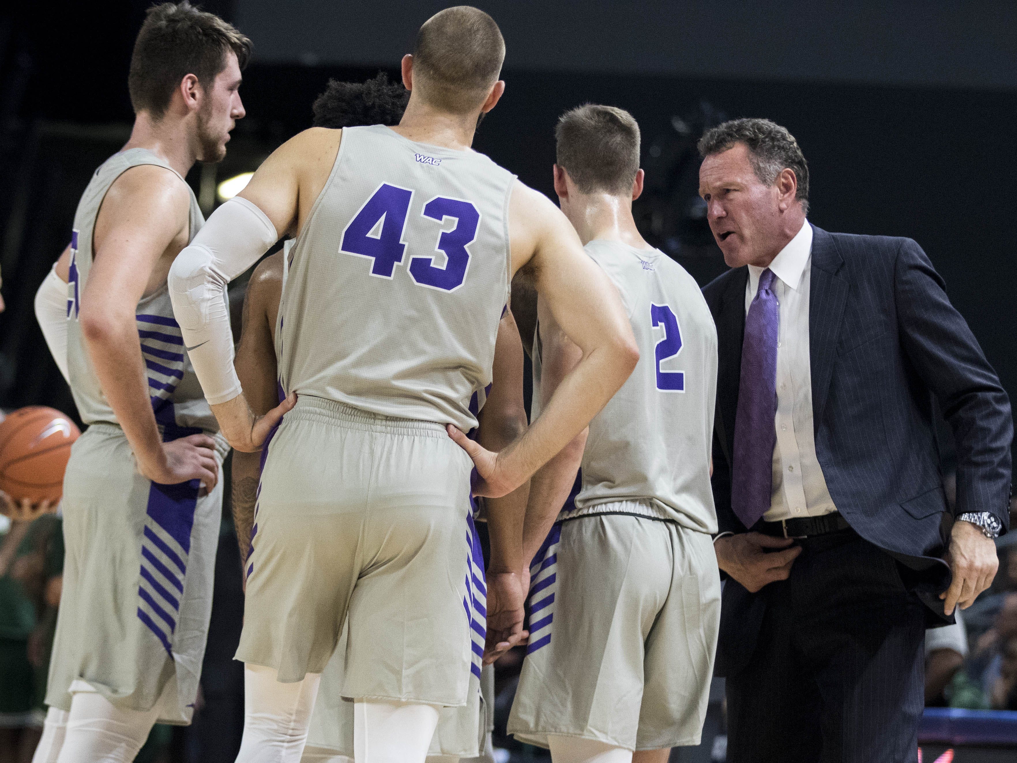 Grand Canyon University head coach Dan Majerle talks to his team during the second half of their game in Phoenix, Monday, Nov. 11, 2018.