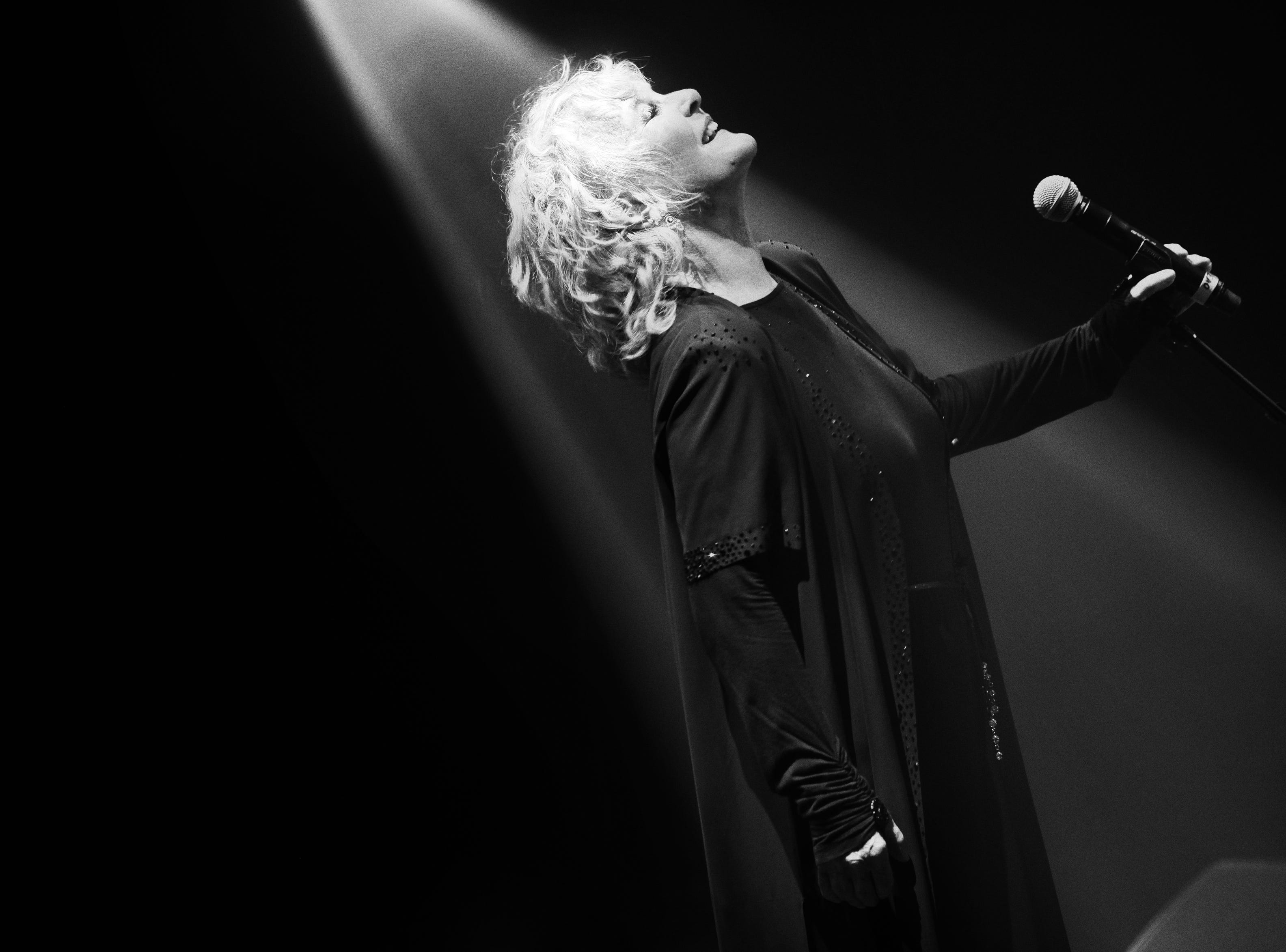 """""""There's nothing quite like that something that happens between an audience and performer,"""" Petula Clark says of performing live."""