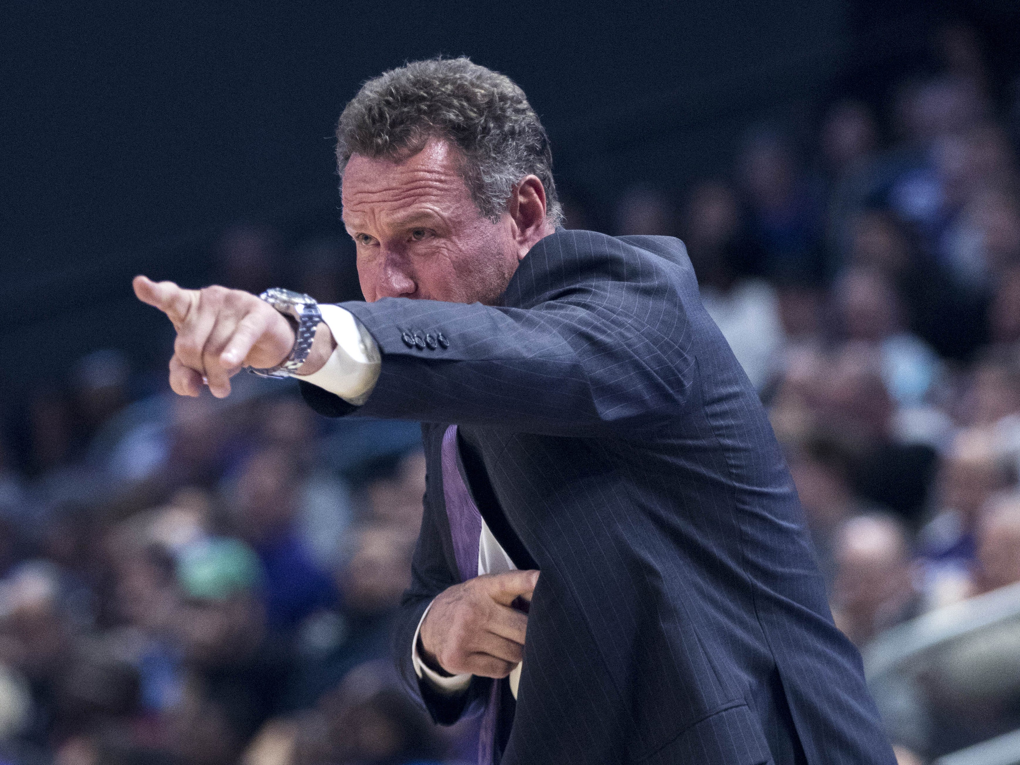 Grand Canyon University head coach Dan Majerle calls out a play during the second half of their game in Phoenix, Monday, Nov. 11, 2018.