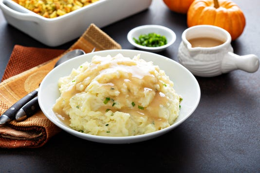 Mashed Potatoes With Gravy For Thanksgiving