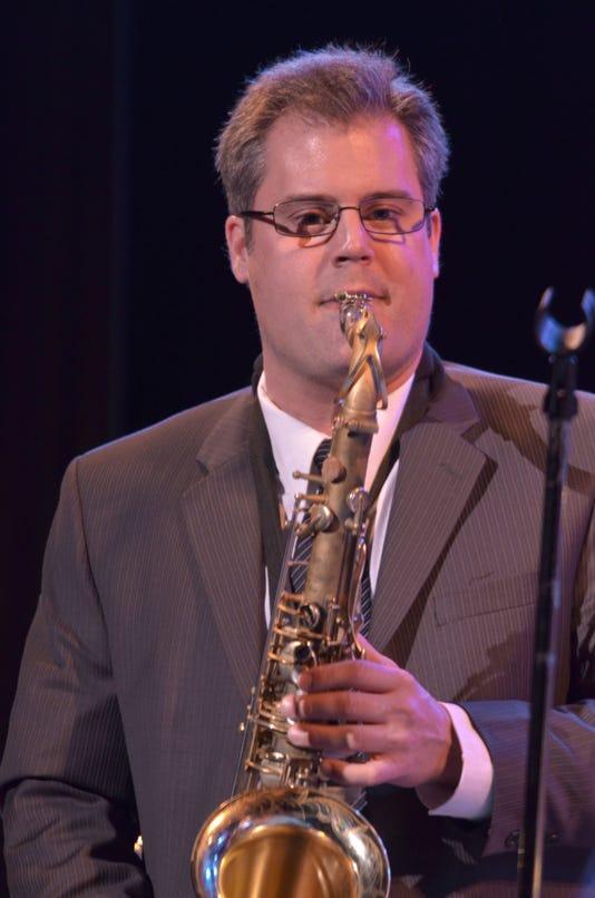 Sax Solo Glasses Mcu2 Concert 2 16 12 Dsc 9262