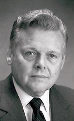 Robert Christofferson, former Redding city manager, in 1991.