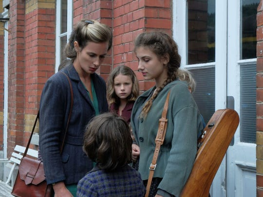 """Léonie Souchaud, center, and Cécile de France, left, star in """"Fanny's Journey"""" during World War II, opening Friday."""