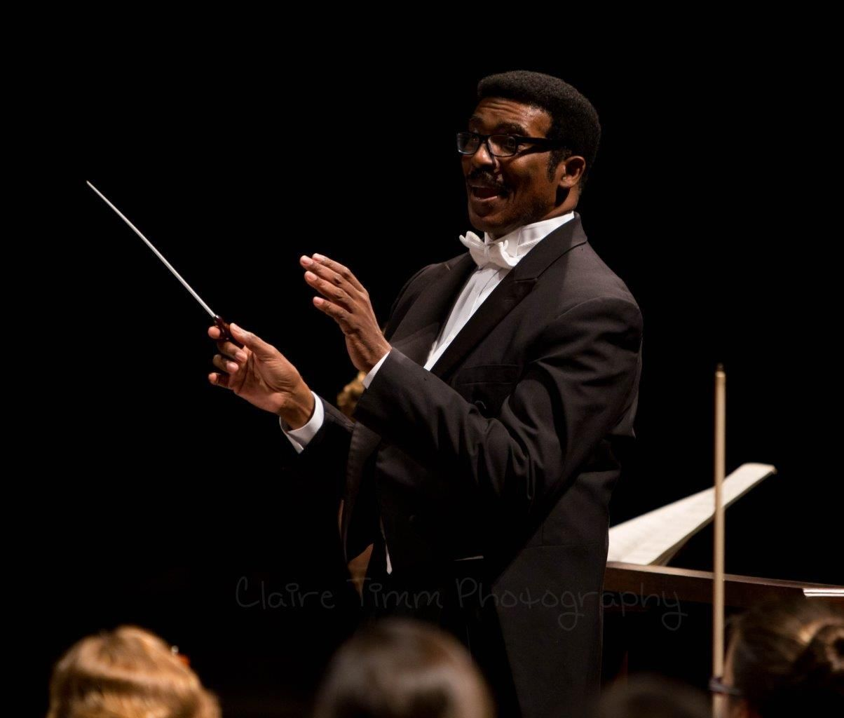Conductor Andre Thomas will lead the multi-voice Tallahassee Community College on Sunday.