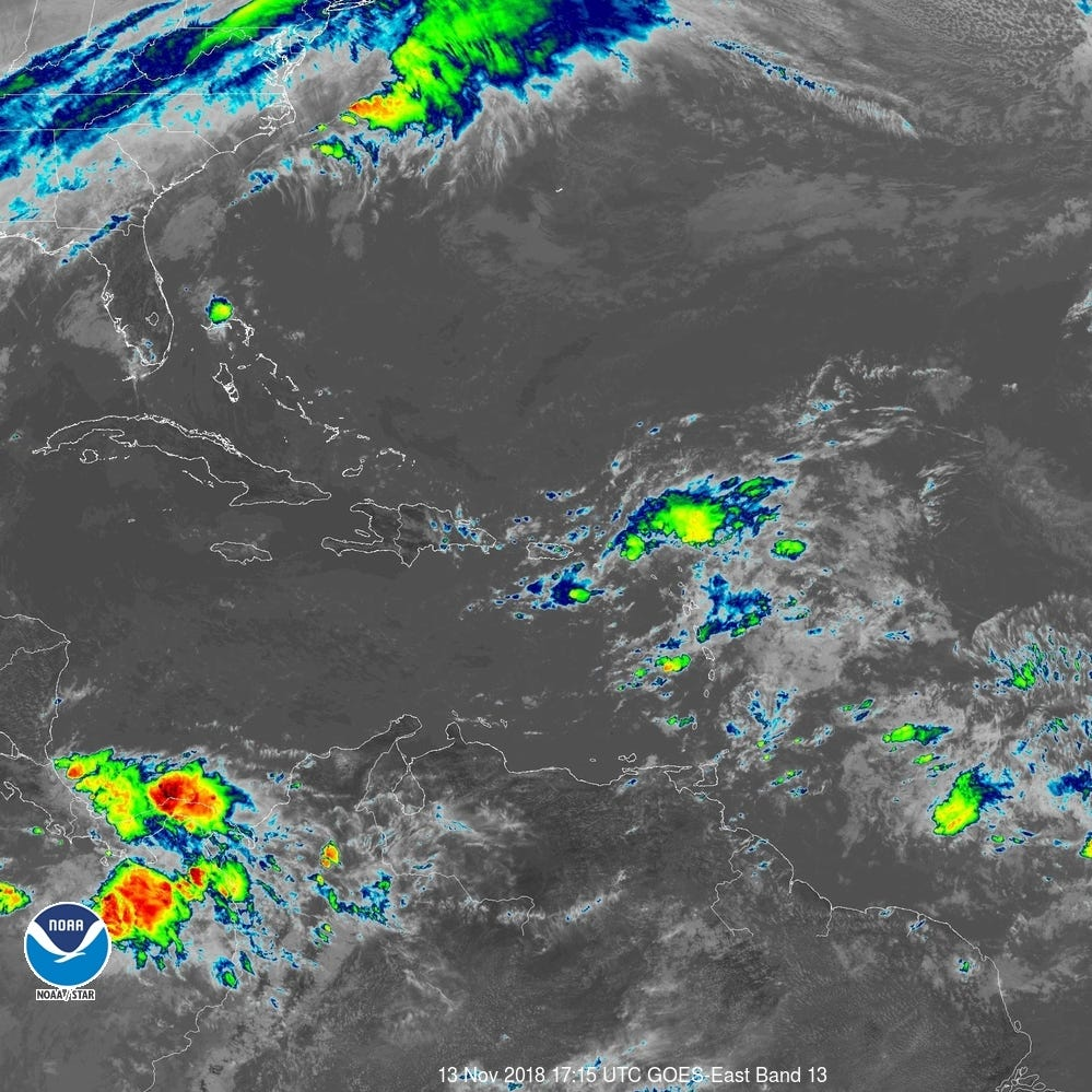 Tropical wave becoming less organized; chances for development continue to drop