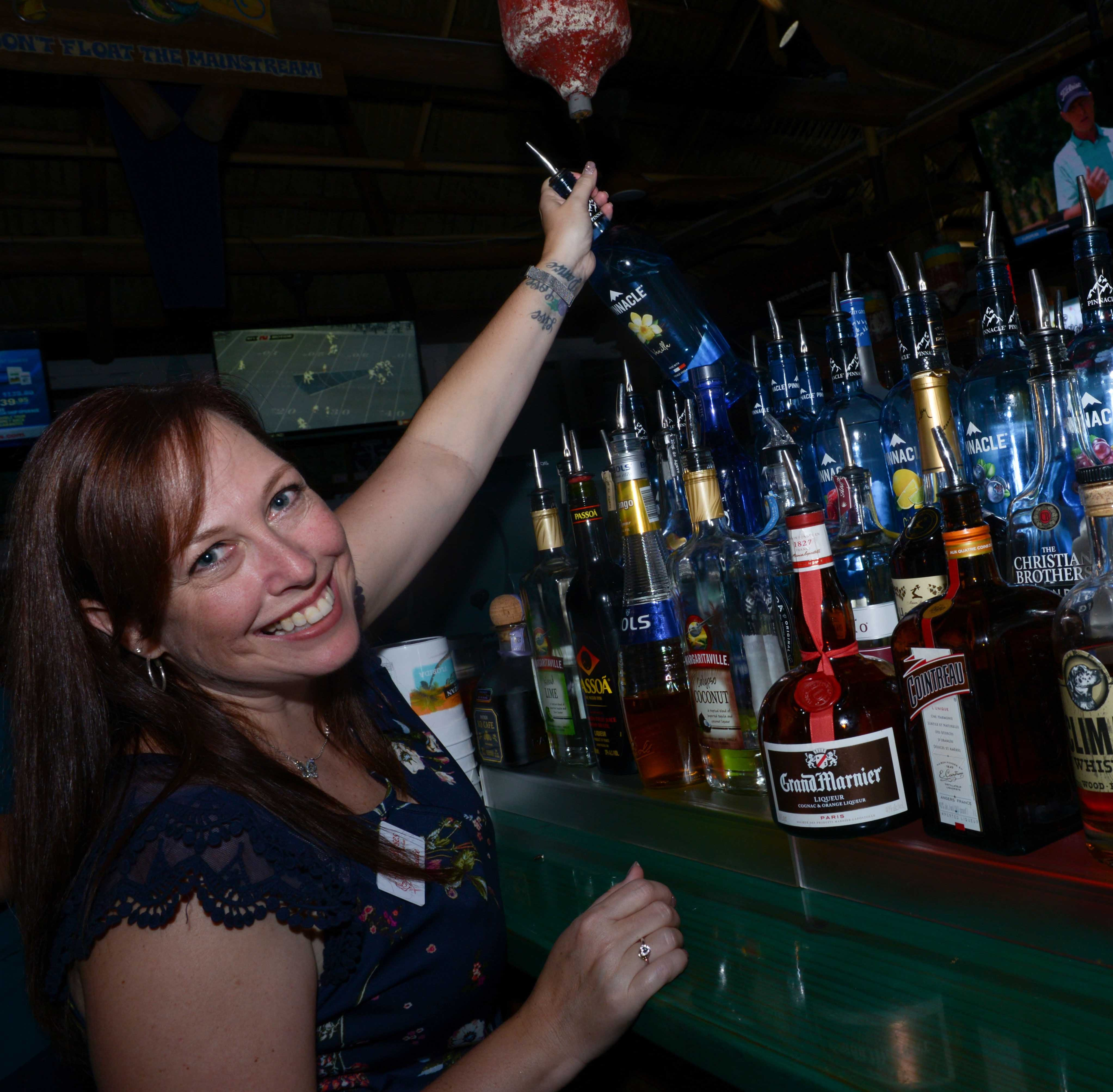 2,000 families get to enjoy Thanksgiving thanks to money raised at Celebrity Bartender's Event