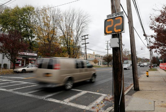 Mamaroneck Speed Signs