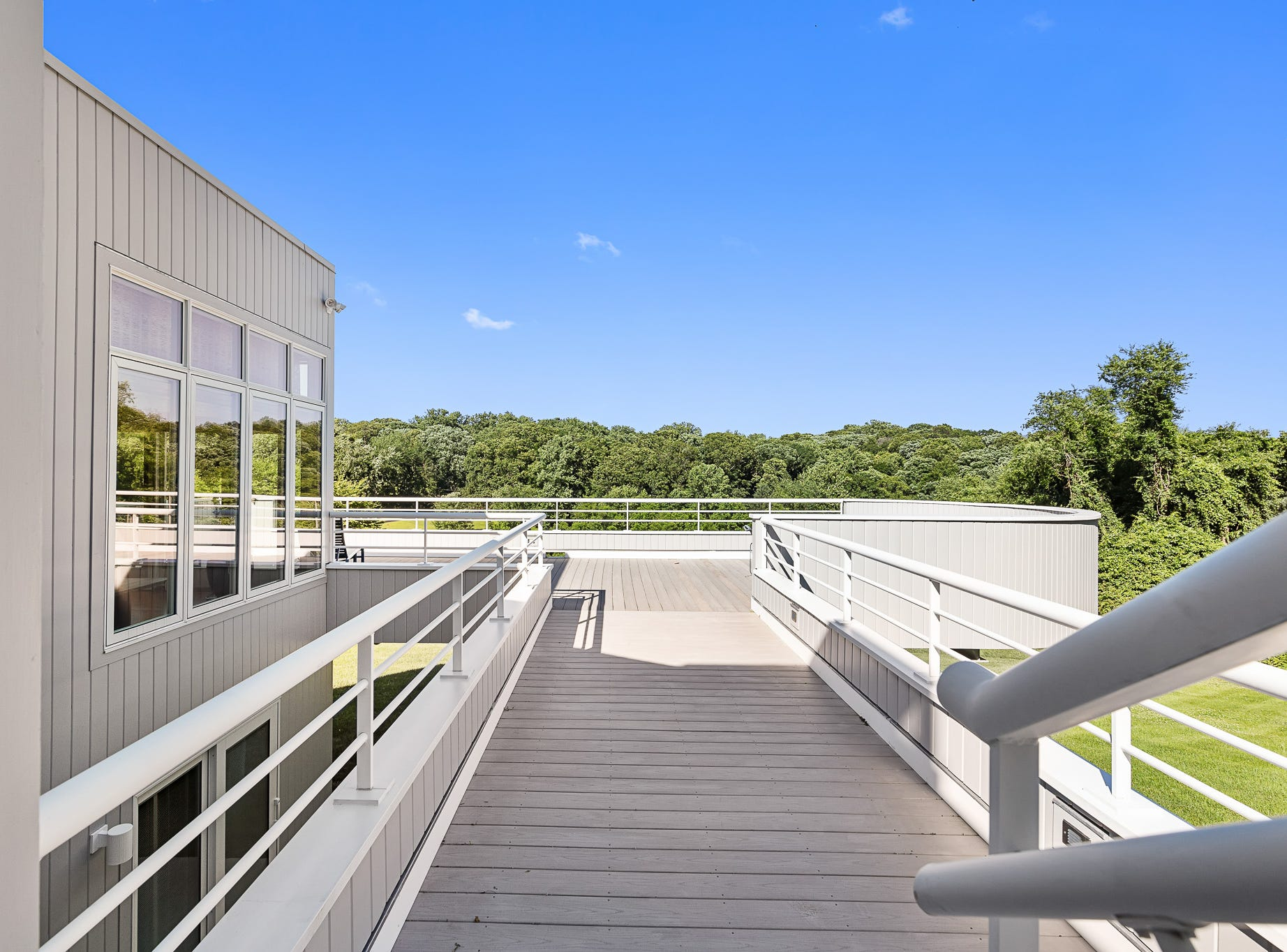 Decks at 3611 Centerville Road in Greenville offer expansive views of Chateau Country.
