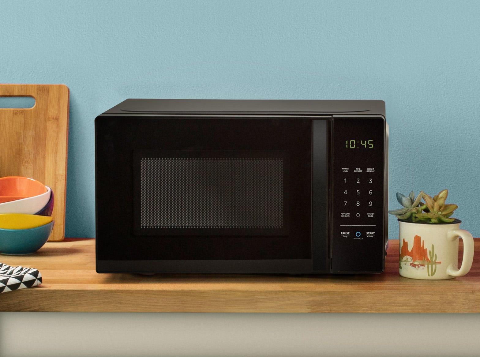 'Alexa, nuke the popcorn, heat up the coffee:' We review Amazon's $59.99 microwave