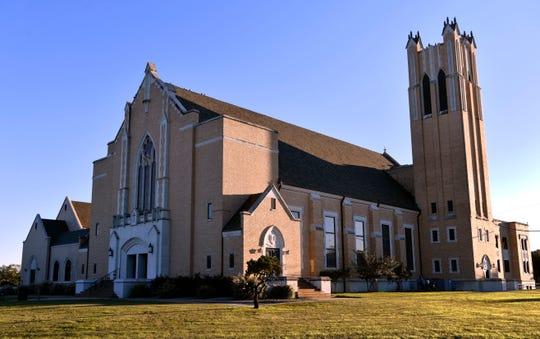 Radford Auditorium at McMurry University, designed by Abilene architect David S. Castle.