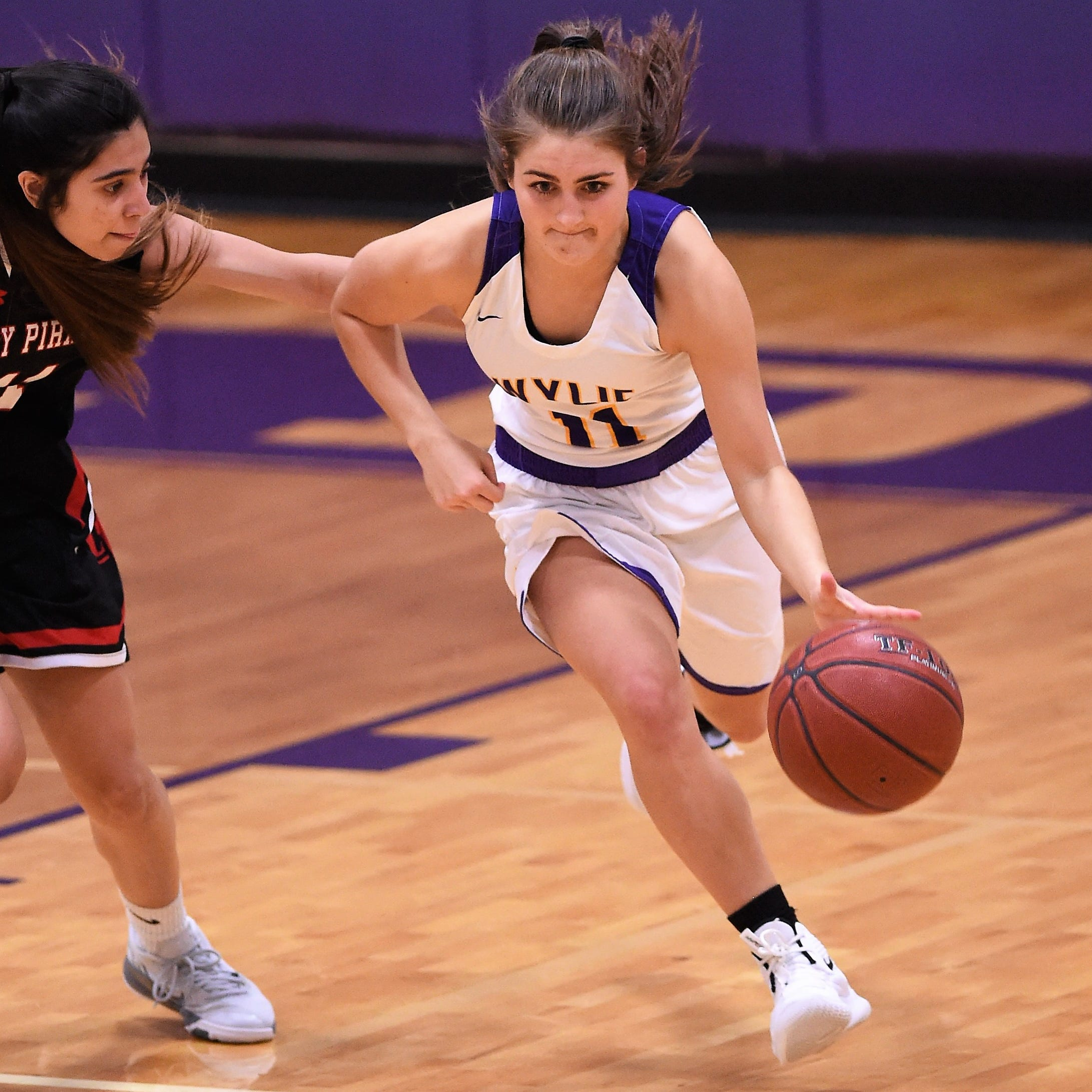 Abilene Wylie girls basketball comes back to beat Lubbock Cooper