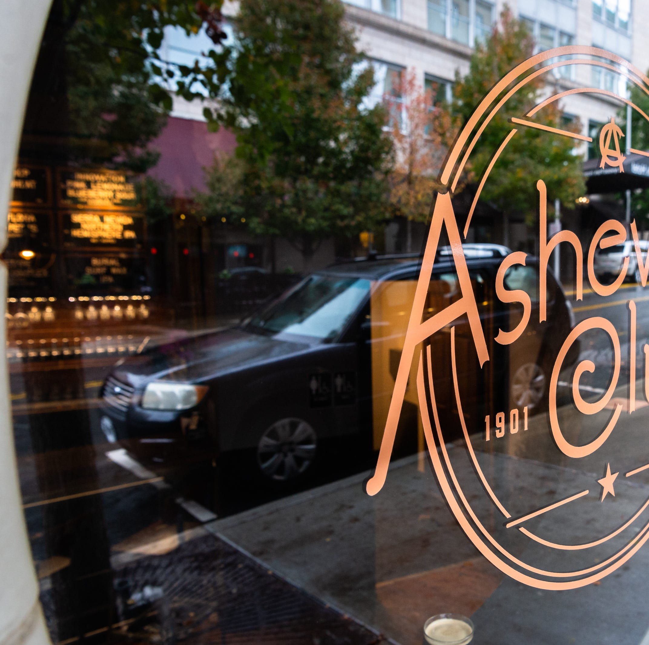 Review: Asheville Club beer and wine taproom takes over former wig shop