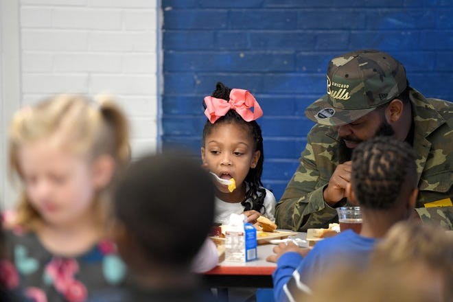 Students and parents were served a special Thanksgiving-style lunch at Ira B. Jones Elementary School on Oct. 14, 2018. Asheville City Schools served a special meal at all of their schools to celebrate the holiday.