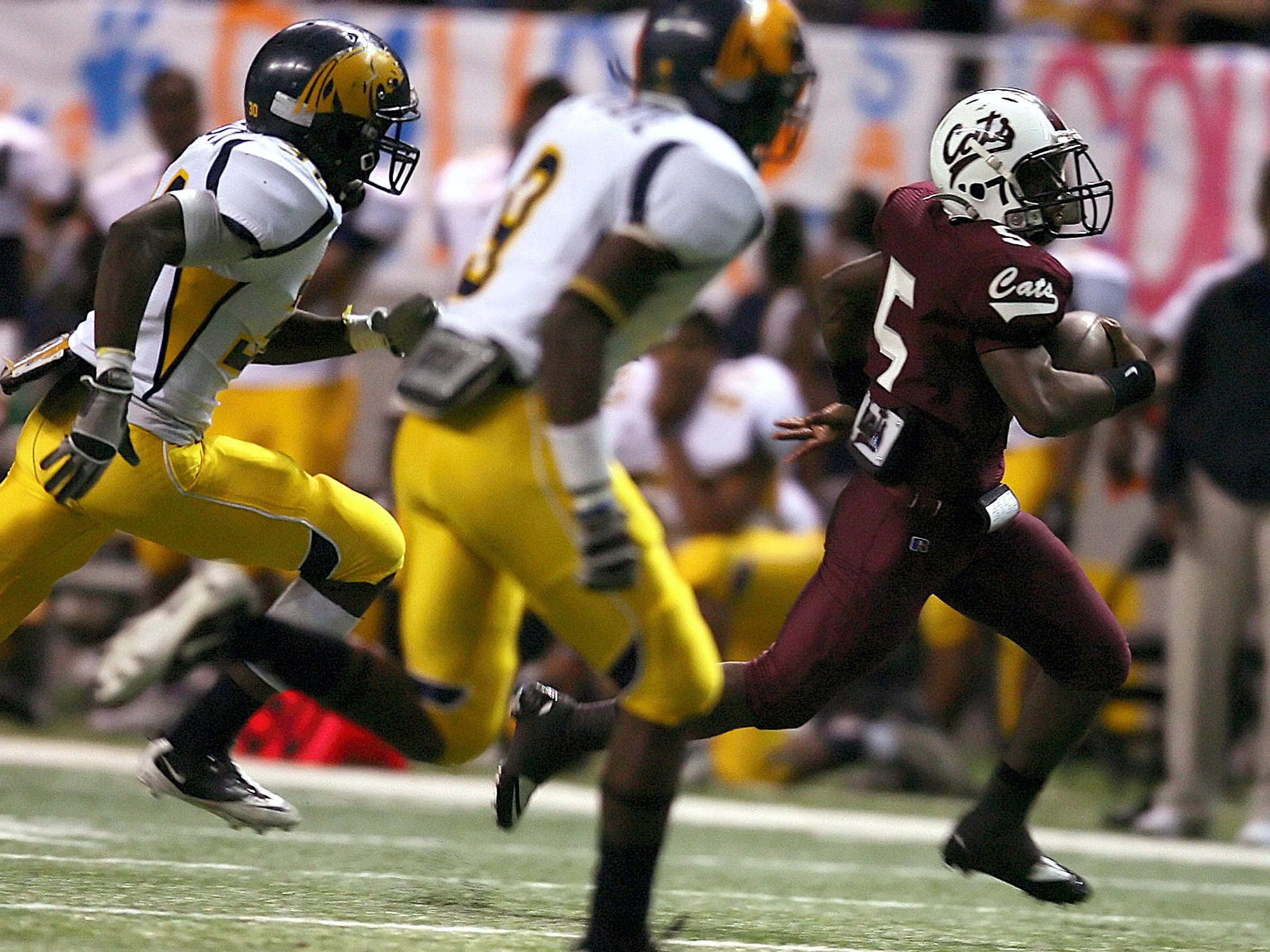 TODD YATES/ CALLER-TIMES