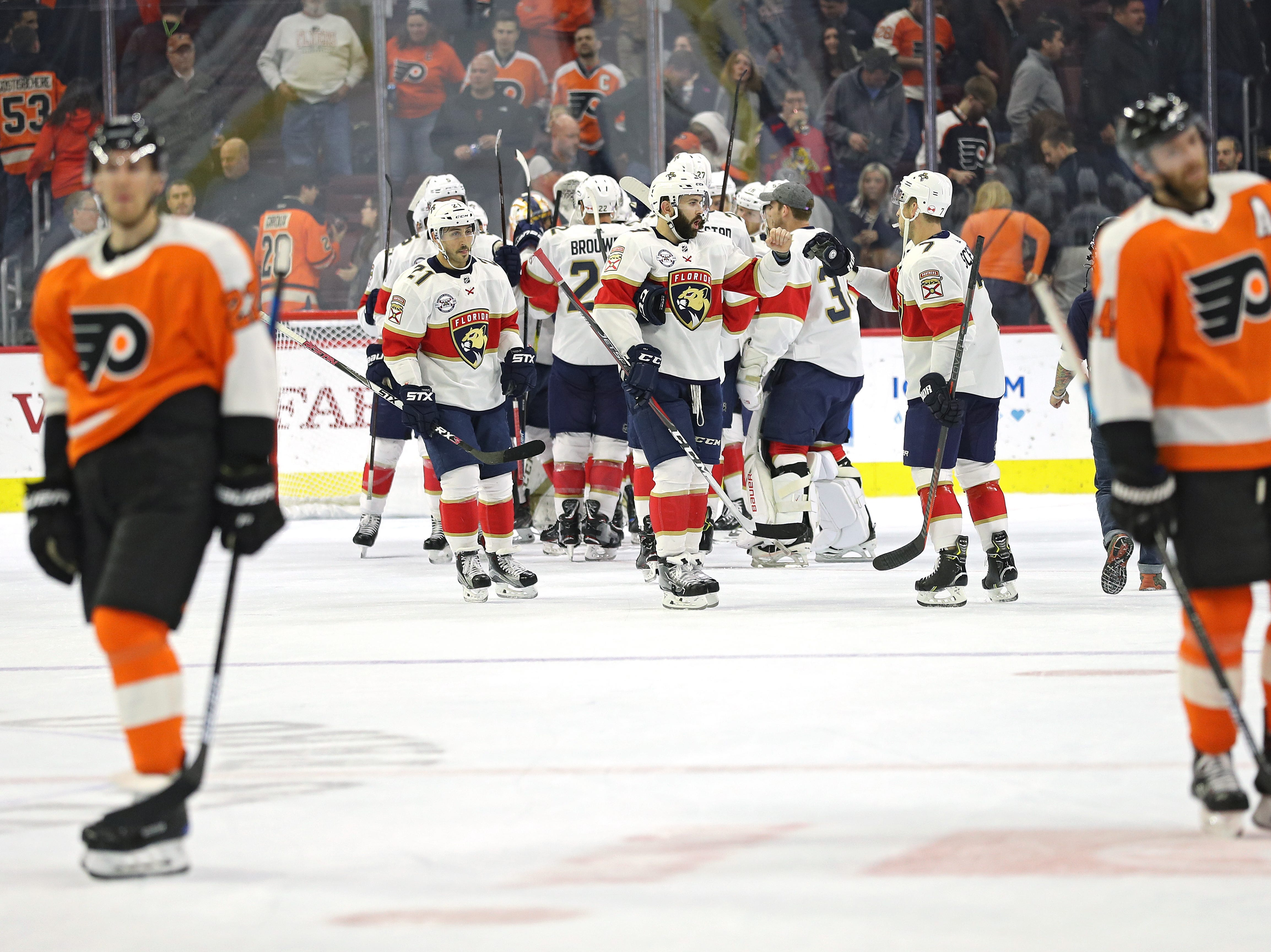 Flyers 5 takeaways: Late rally not enough to stop Panthers' streak