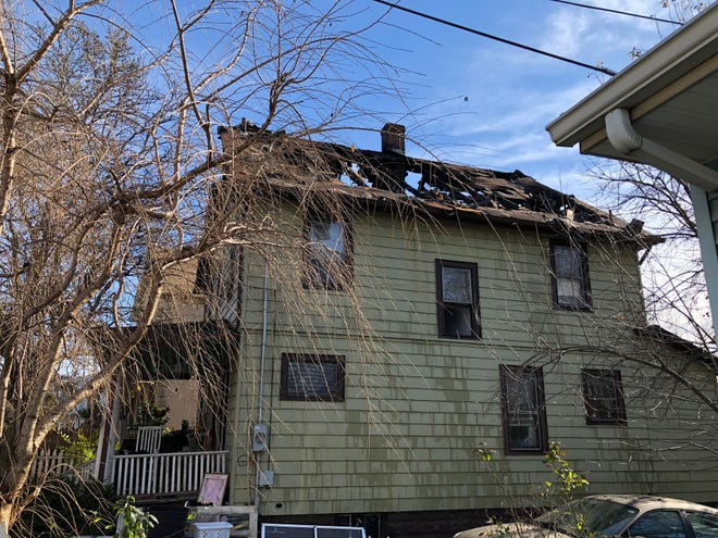 Fire damaged a house on West Main Street in Bound Brook early Wednesday morning.