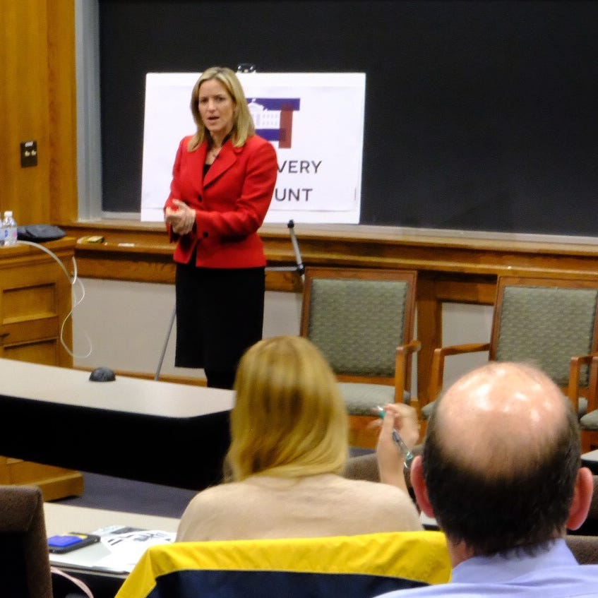 Benson urges debate on how U.S. elects presidents