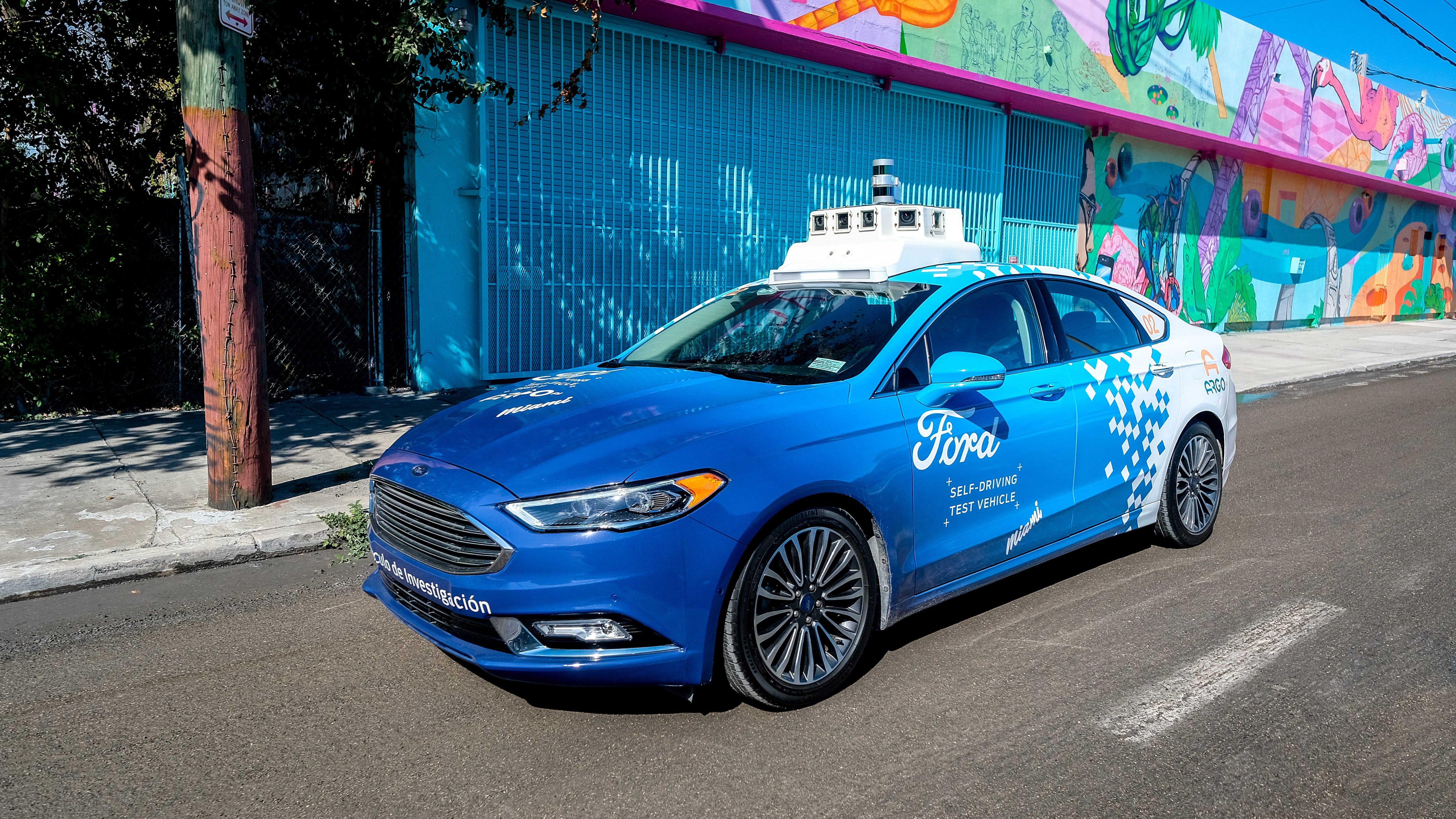 Howes: Michigan's automakers compete for self-driving lead