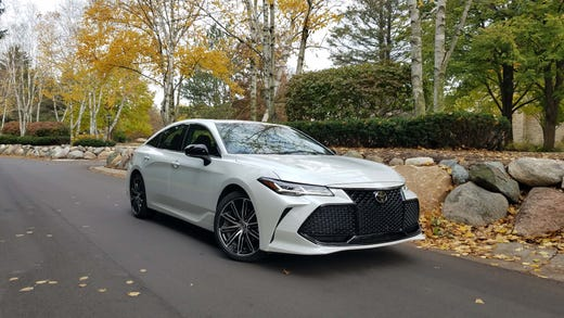 Payne Toyota S New Avalon Is A Lexus Beater