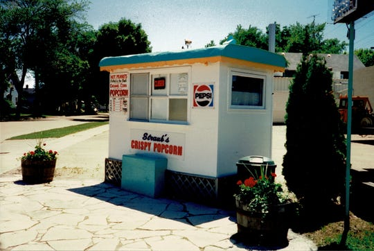 Straub's Crispy Popcorn stand after it was moved to W. Johnson Street adjacent to Wendt's Auto Body.
