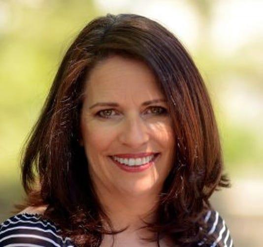 Liz Odonnell Headshot 3x31 300x2811