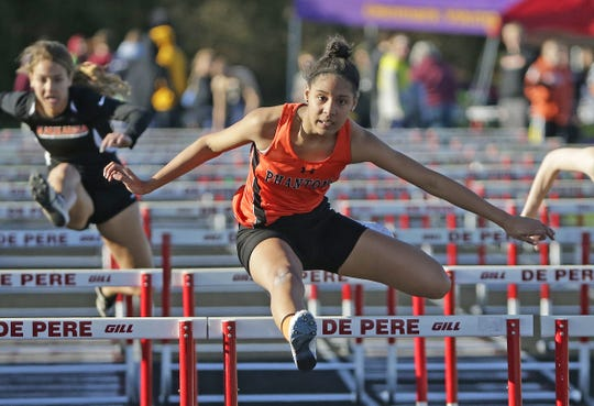 Pejha Mitchell of West De Pere has signed with Upper Iowa University for track and field.