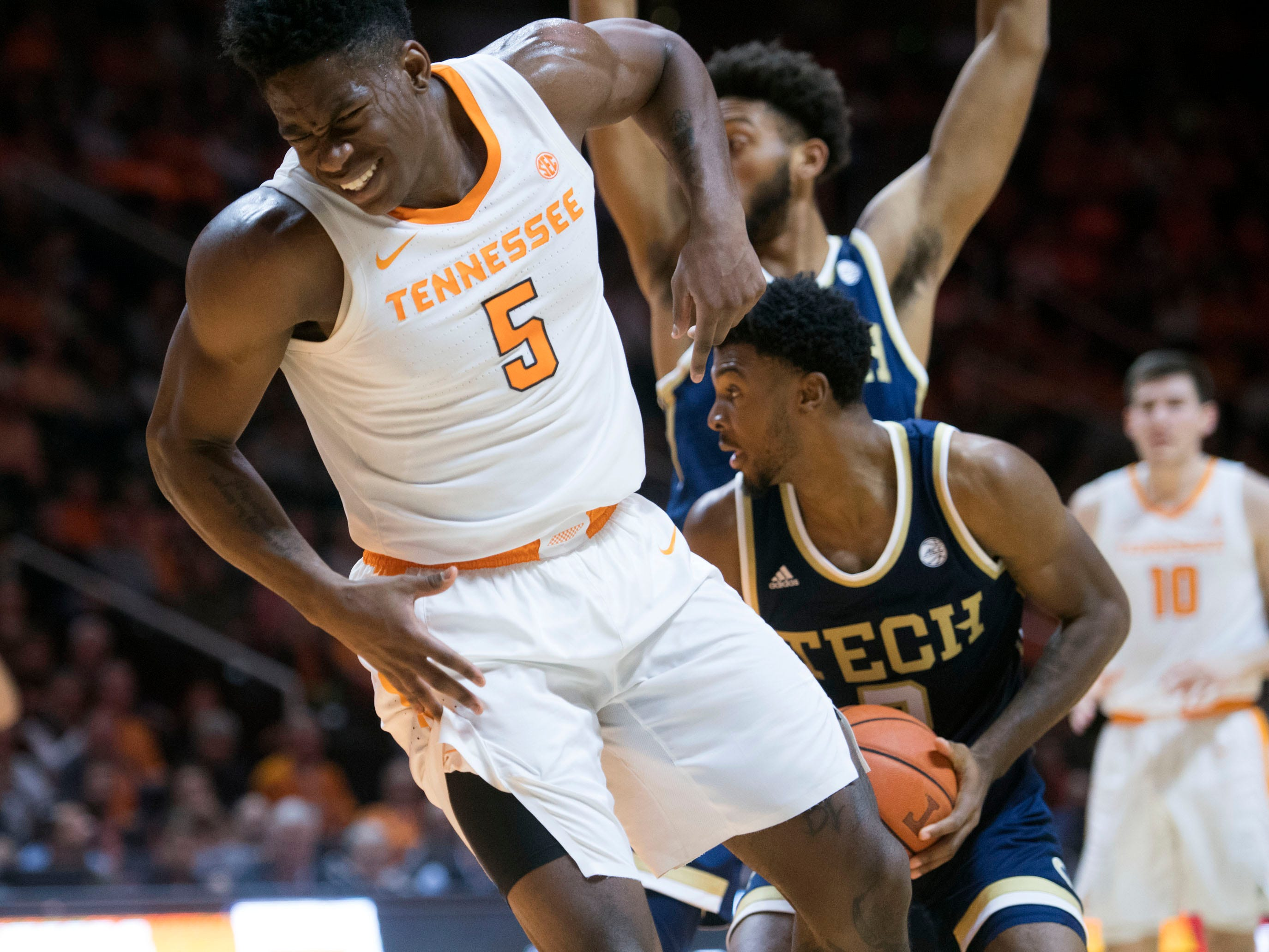 Tennessee's Admiral Schofield (5) grimaces in pain after being fouled during the game against Georgia Tech on Tuesday, November 13, 2018.