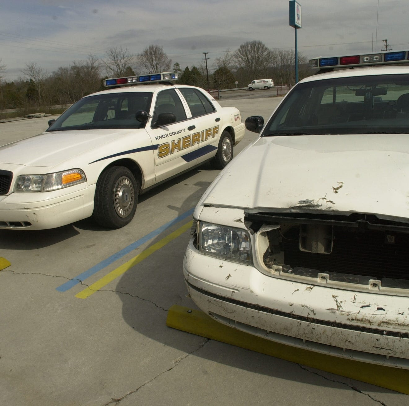 What happens when a Knox County deputy is involved in a wreck?